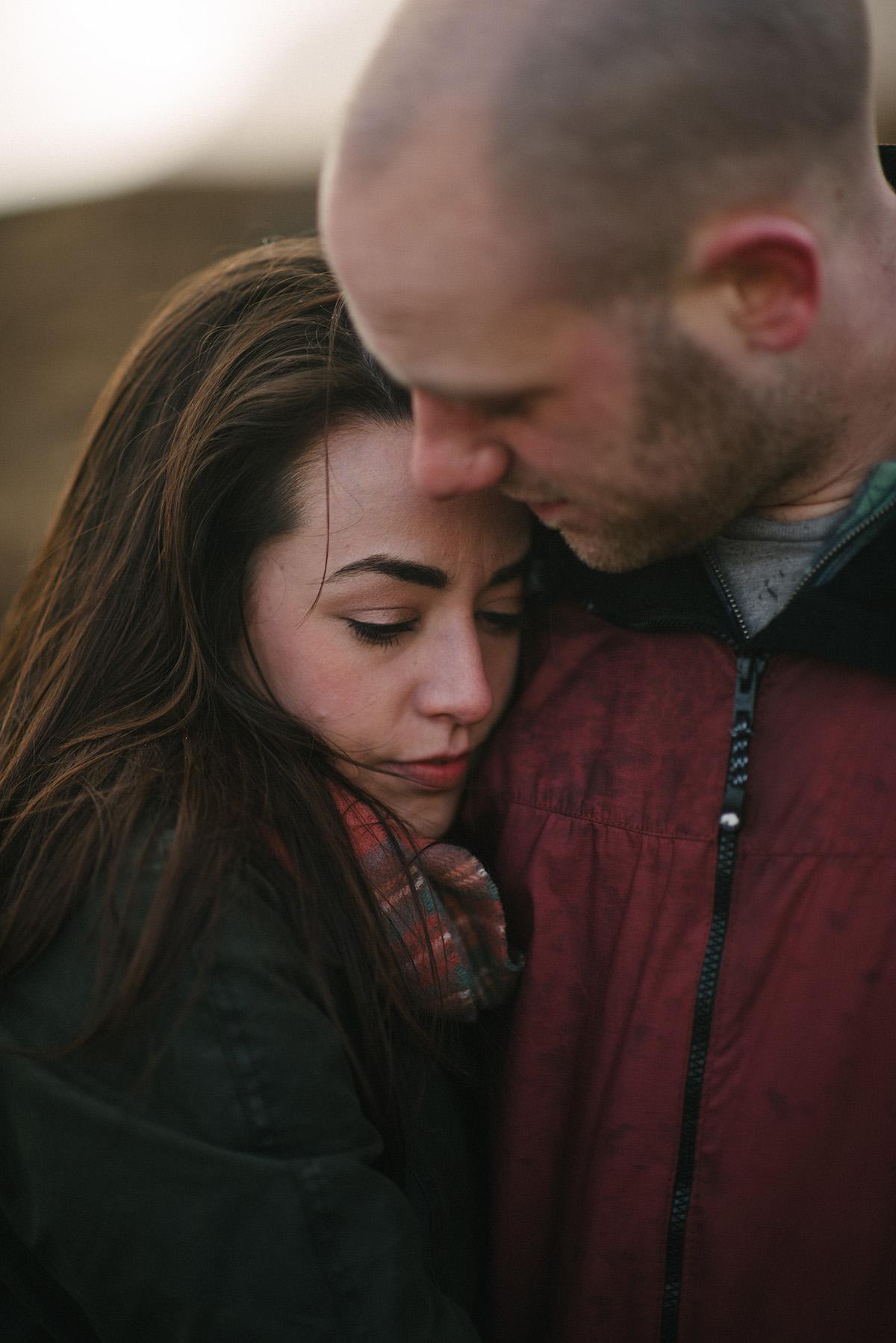 couples embrace hug photo